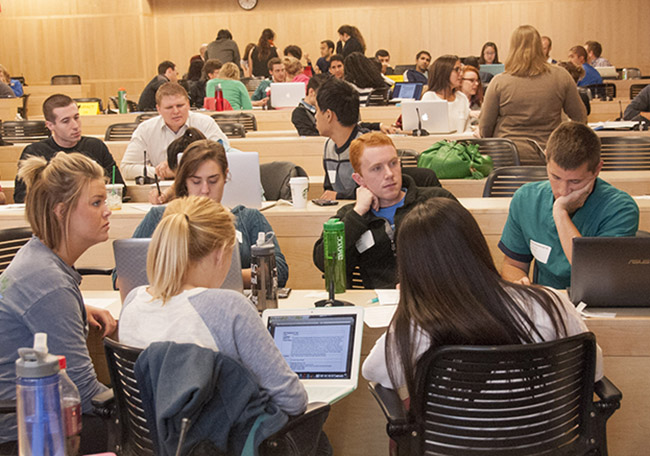 Students from the UMKC health sciences schools on the Hospital Hill campus participated in joint interprofessional education learning activities on Sept. 13 throughout the School of Medicine and Health Sciences Building.