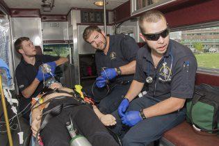 EMS Ambulance4