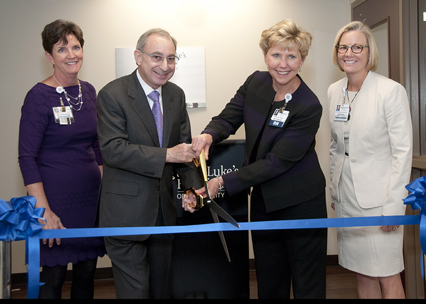 purple-unit-ribbon-cutting