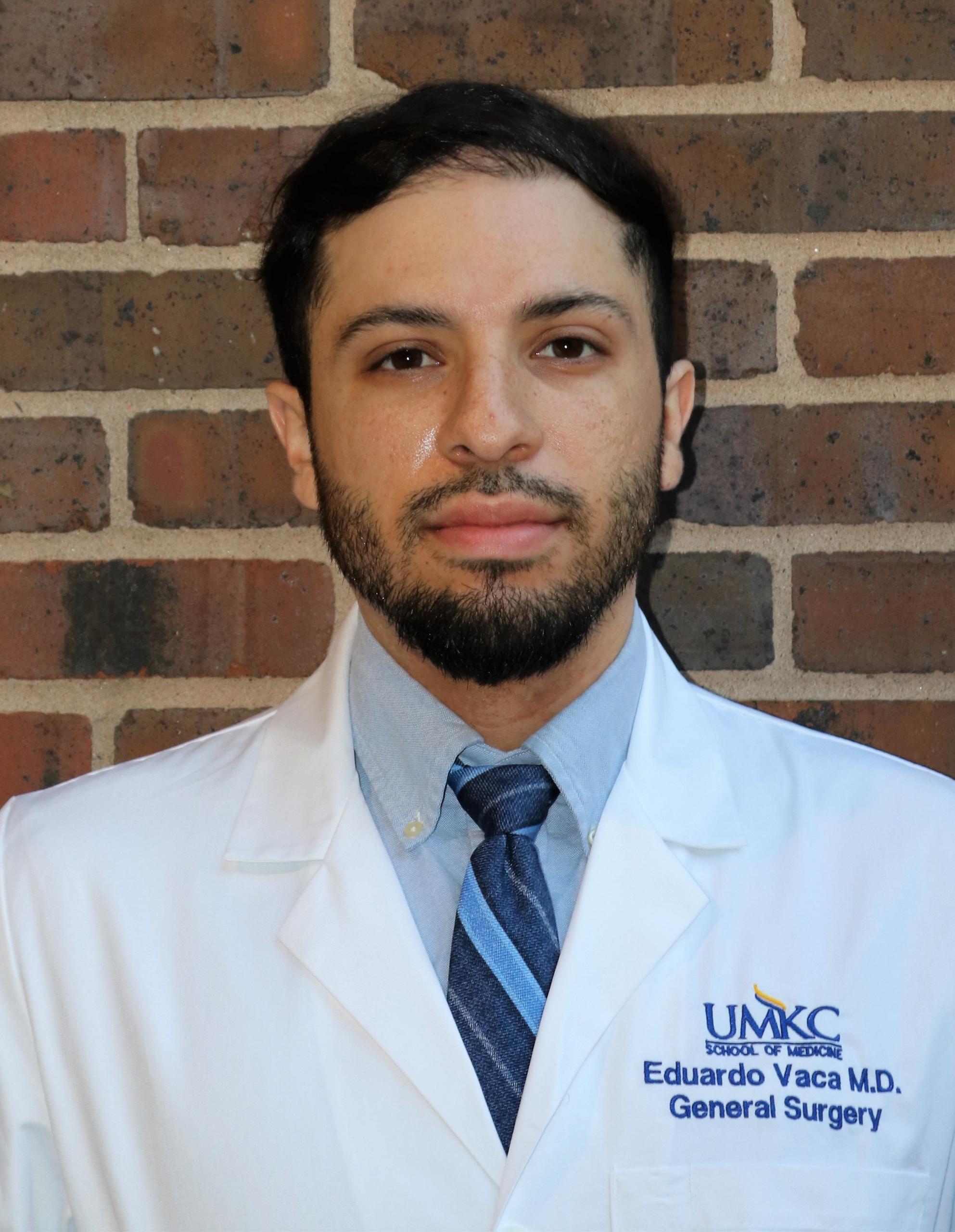 Dr. Eduardo Vaca